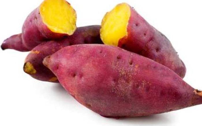 phun môi ăn khoai lang được không