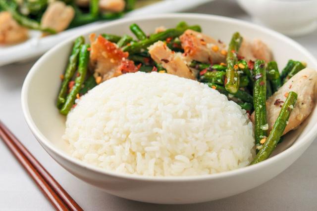 Hạn chết lượng tinh bột nạp vào cơ thể trong chế độ ăn hằng ngày